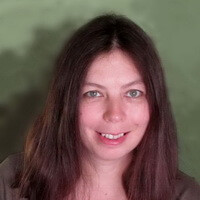 Лола Кретова